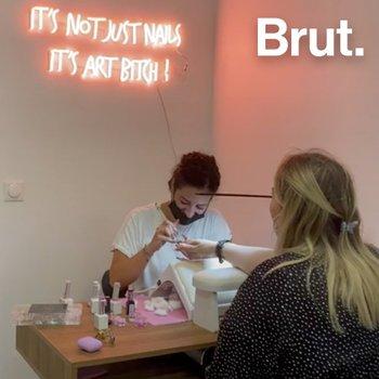 Étudiante aux Beaux-Arts, Lili s'est lancée dans le nail art